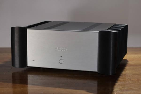 Classé  CA-201 2 Channel 200W Power Amp