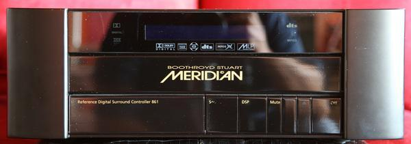 Meridian 861 V2 Ref Digital Surround & Pre Processor