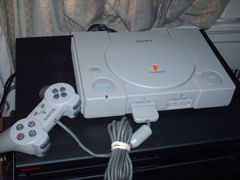 Sony PlayStation 2 SCPH- 5501