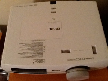 Epson  8500UB Projector 1080p 8500 includes everything