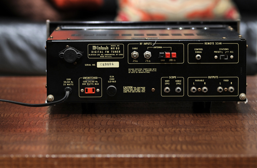 McIntosh MR80 tuner