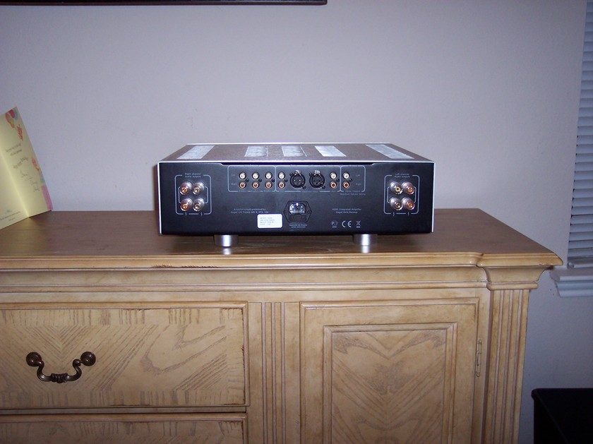 Hegel  H200 Integrated Amplifier- Absolute Sound 2011 Component of the Year!