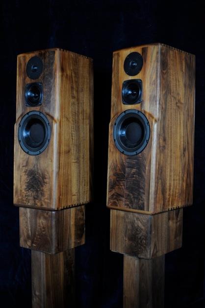 Daedalus Audio Reference Series DA-RMa full-range stand mount loudspeakers