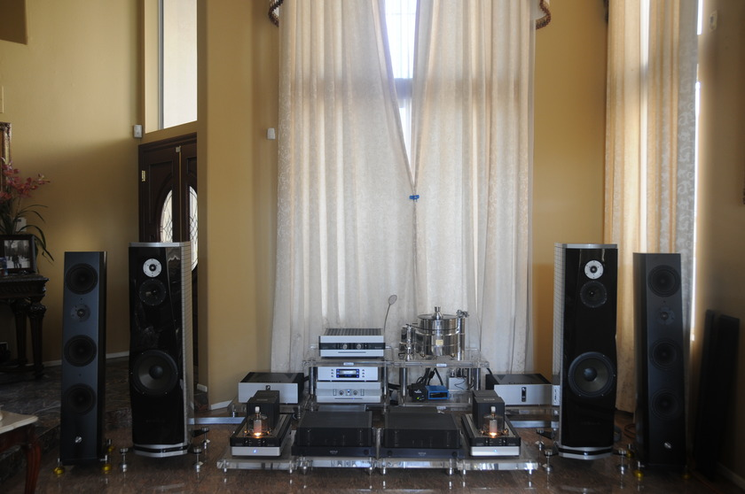 EVENTUS AUDIO NEBULA FLOOR STANDING SPEAKER ( FINEST DESIGNED FROM ITALY)