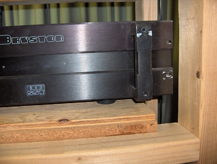 Bryston 3B SST two channel solid state amplifier