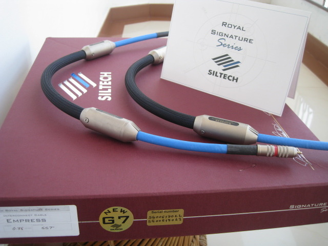 SILTECH ROYAL G7, EMPRESS , O.75 metre pair , rca interconnect,