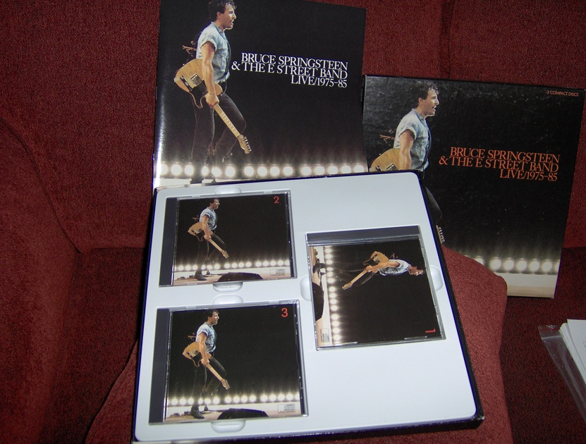 Bruce Springsteen & The E-Street Band - Live/1975-85 three CDs plus deluxe book of the entire tour and all the lyrics, free ship