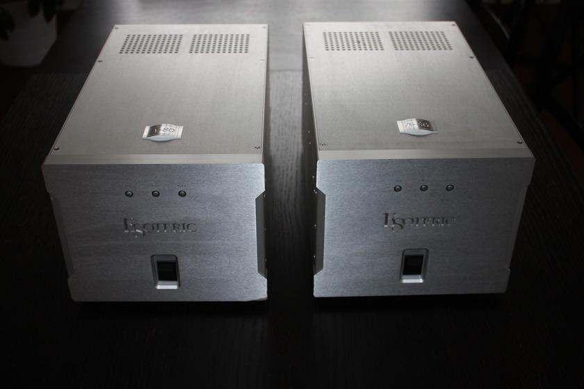 Esoteric A-80 Monaural Amplifier pair Near Mint condition