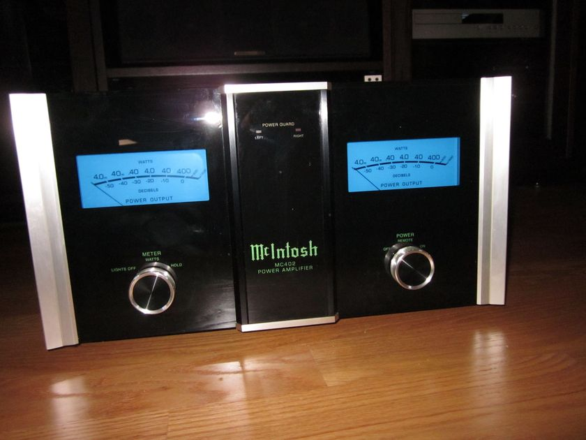 McIntosh MC402 Stereo Amplifier