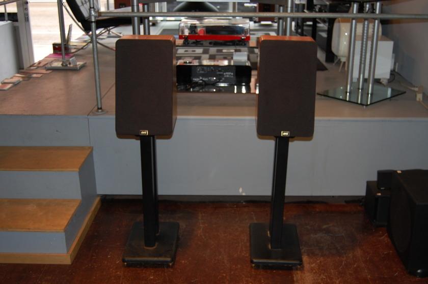 Audio Concepts, Inc. ACI Sapphire III Bookshelf Speakers in Cherry