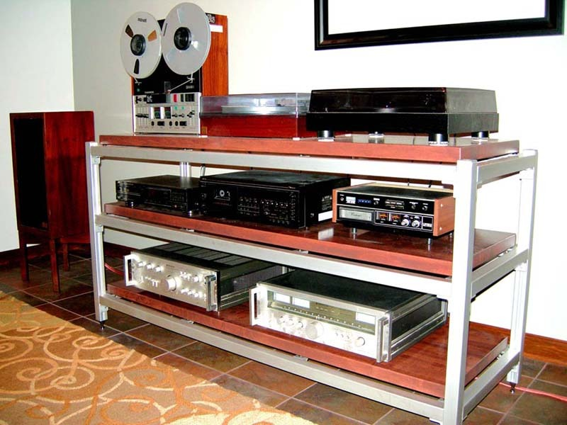 Steve Blinn Designs Super-Wide Rack, the audiophile reference