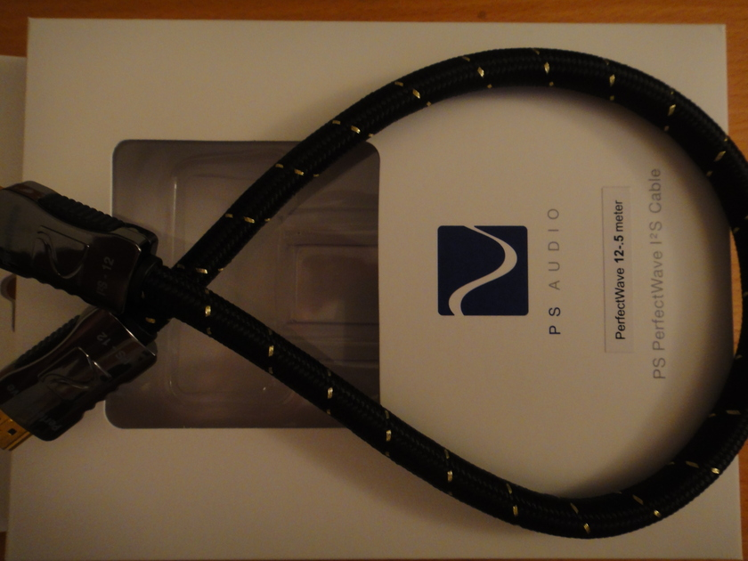 ps audio  perfectwave I2S 12 - .5 meter cable