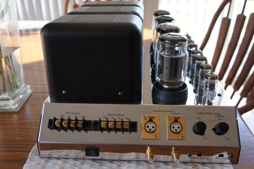 Mcintosh 275 75/w/ch Tube Amplifier