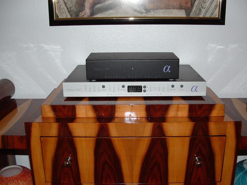 Berkeley audio USB converter USB Brand new