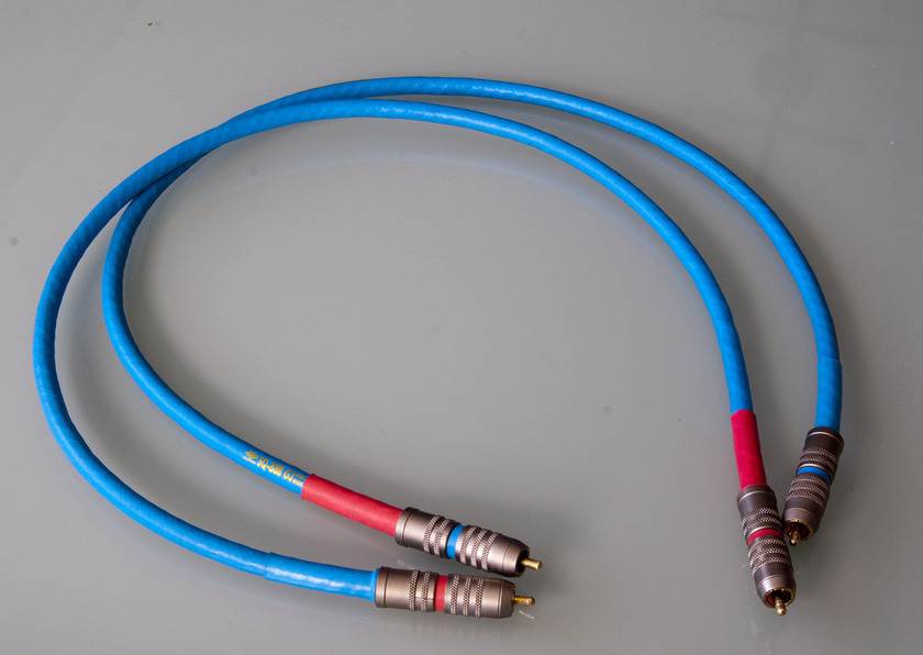 Siltech  SQ-88B G3 with SST 1M Pair RCA
