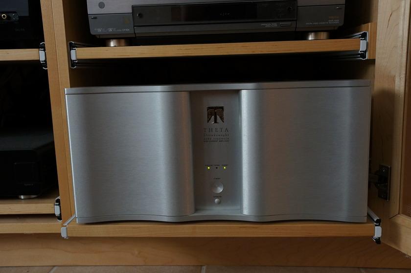 Theta Dreadnaught Multichannel Amplifier