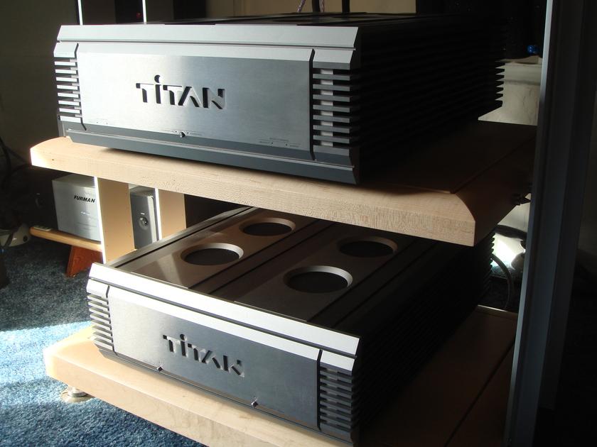Musical Fidelity Titan Amplifier - SWEET!