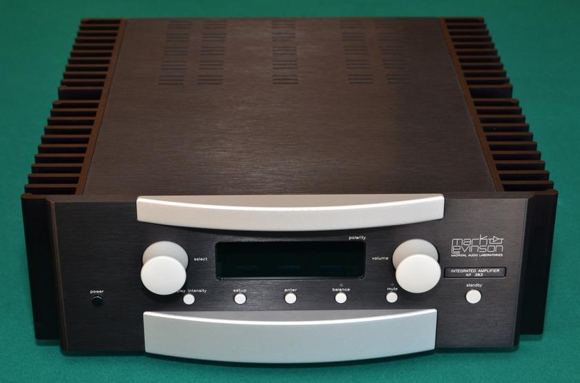 Mark Levinson 383 Integrated Amplifier