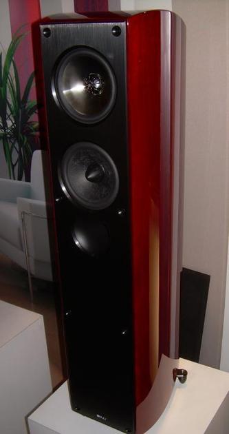 KEF  XQ 30  Floorstanding Speaker