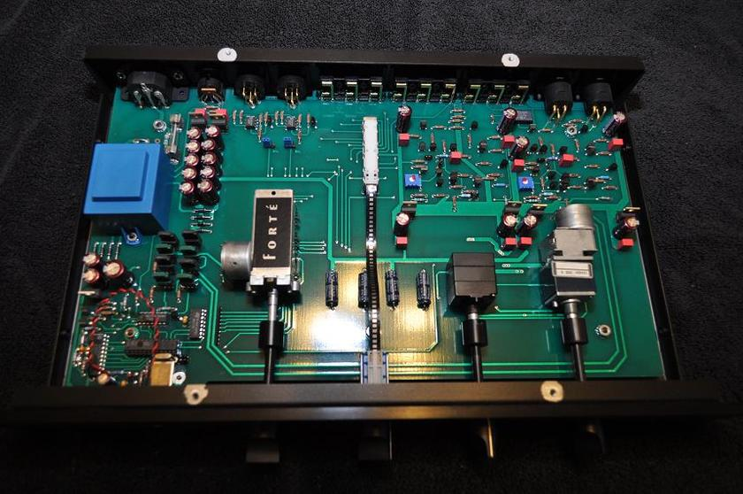 Forte (Threshold) F-44 Class A Preamplifier