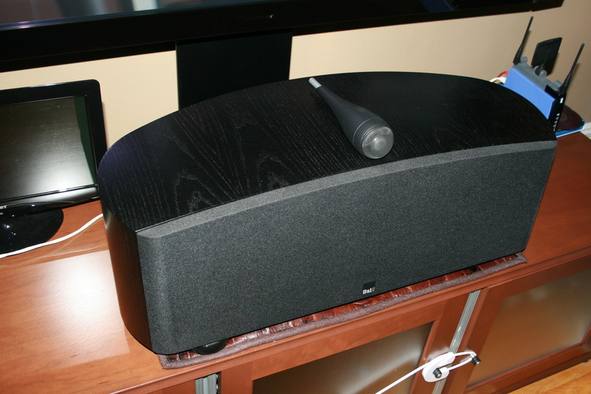 B&W Bowers and Wilkins HMTS3 Center in Ash Black Mint condition