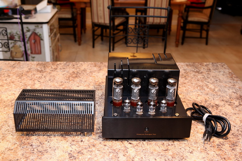 PrimaLuna ProLogue Four Power Amp w/ new tubes
