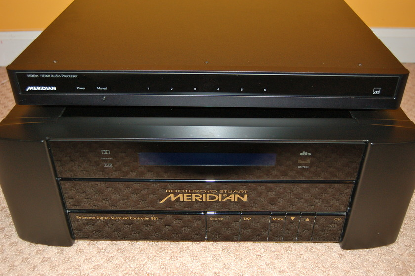 Meridian 861v4 + HD 621 HDMI switcher excellent OBM + remote