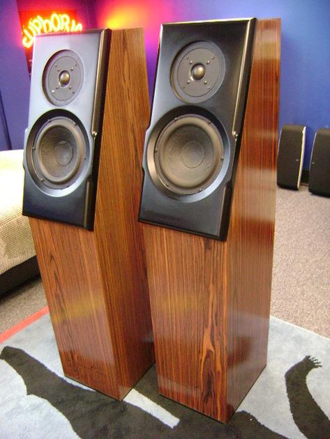 Meadowlark Audio Shearwater Hot Rod Floorstanding Speakers - SWEET!