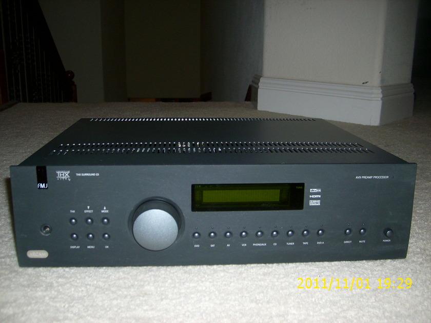 Arcam  FMJ AV9 7.1 Surround Sound Processor