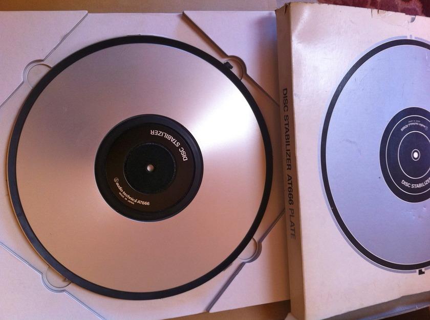 Audio-Technica AT666 Disc Stabilizer tt vacuum platter