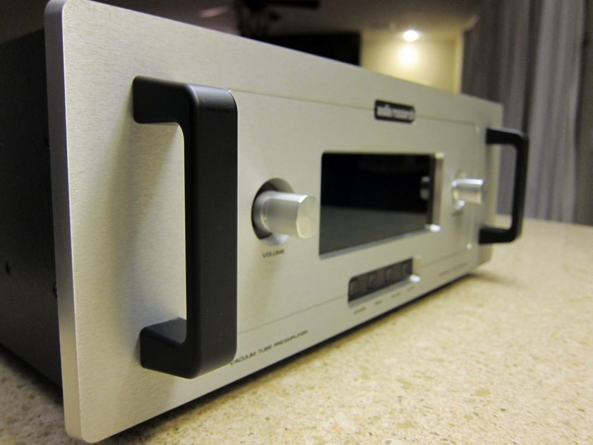 audio research Reference 3 High Definitition Tube Preamplifier