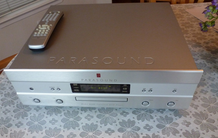 Parasound D200 CD Player