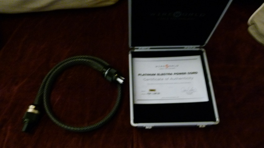 Wireworld Platinum Electra Power Cord Box & COA included