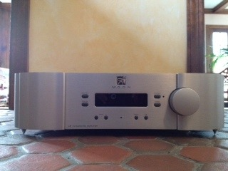 Simaudio Sim Audio I-7 Integrated Amplifier, silver