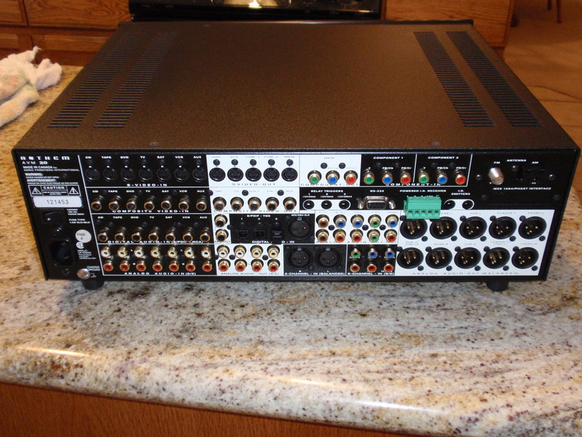 ANTHEM AVM 20     PRE-AMP/PROCESSOR Many features, Excellent