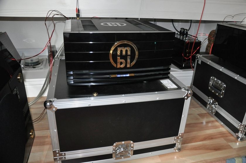 MBL 9007 mono/stereo amp