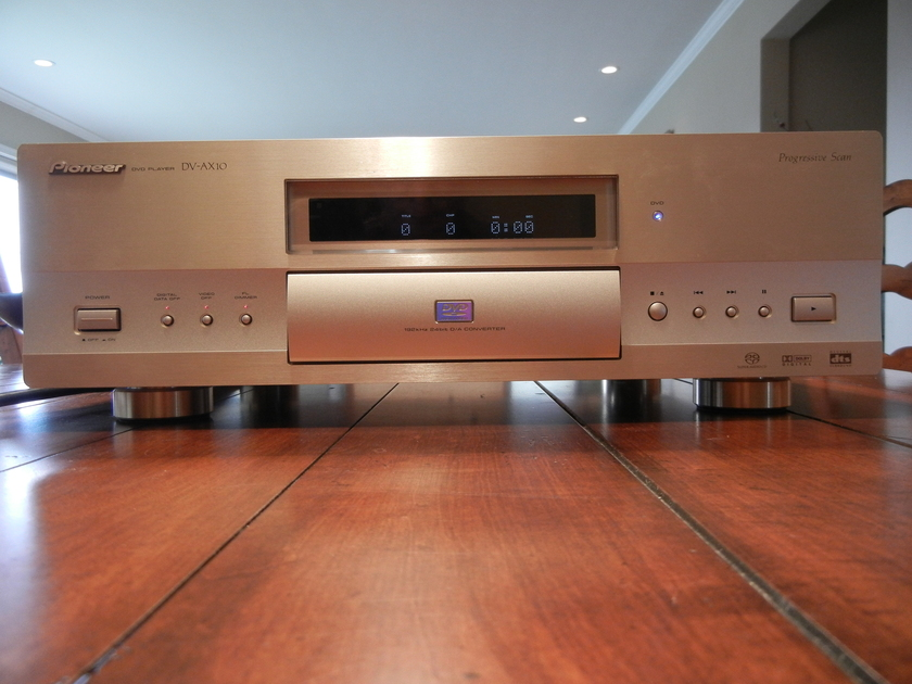 Pioneer DV-AX10 SACD/DVD-A/CD player, 1 owner