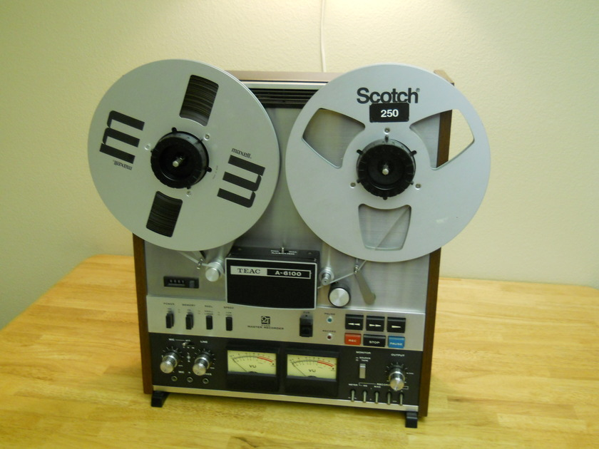 Teac   reel to reel  A 6100  Stereo