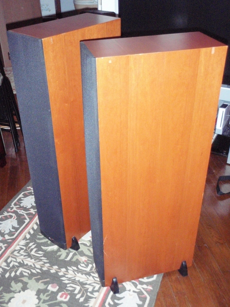 Klipsch RF-63 Speakers (Cherry)