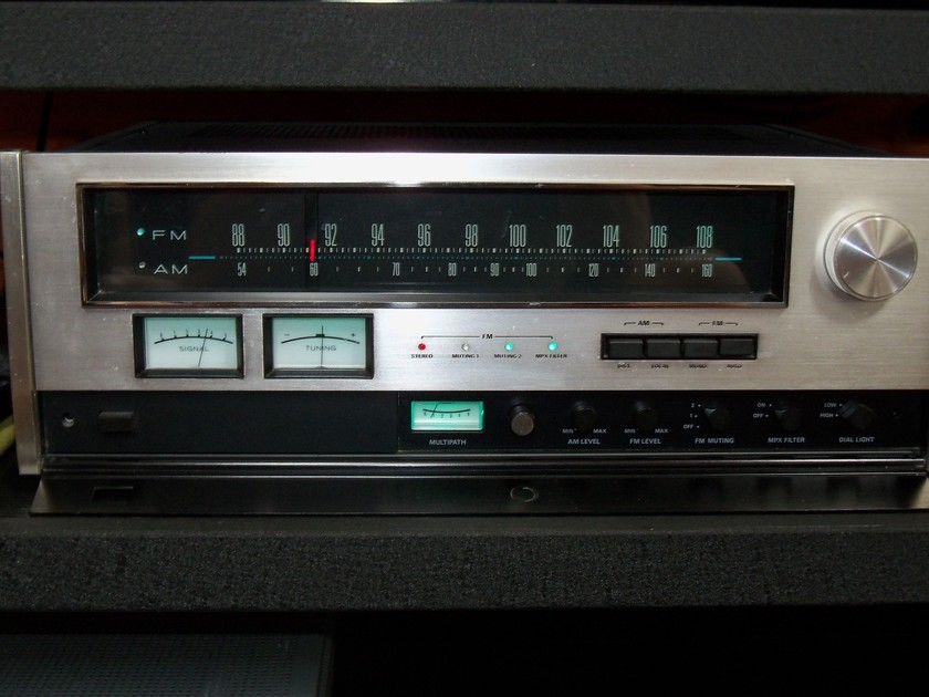 ACCUPHASE T-100 STEREO TUNER MODIFIED