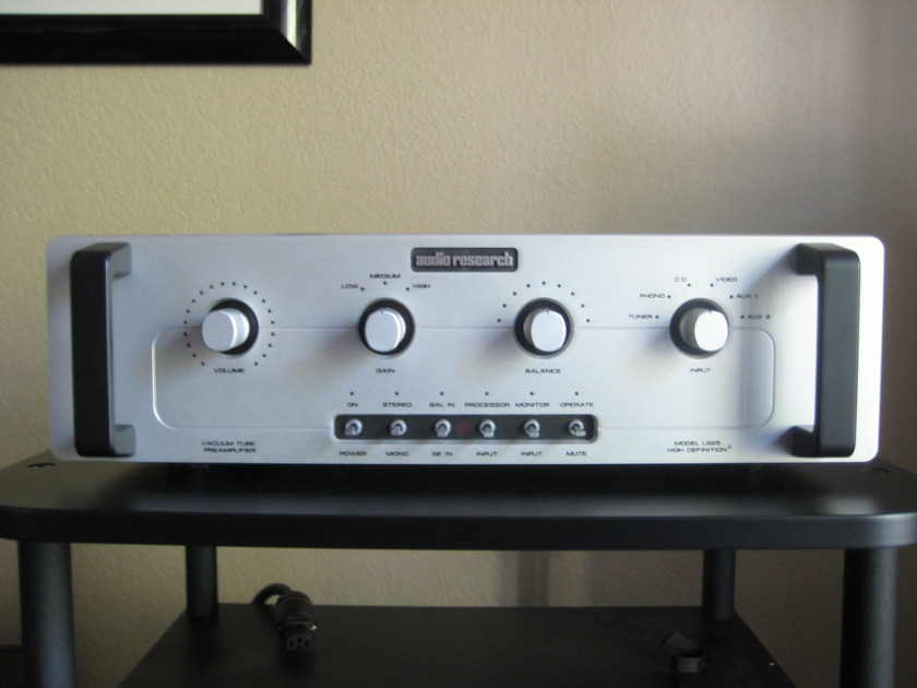 Audio Research LS-25