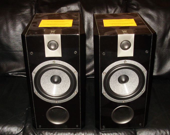 Focal/Jm Labs   Chorus  807 W  Prestige Edition Speakers Mint with little use,Focal