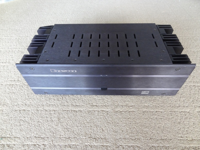 Bryston 3B-ST power amp -  5+ years on warranty -  FREE SHIPPING