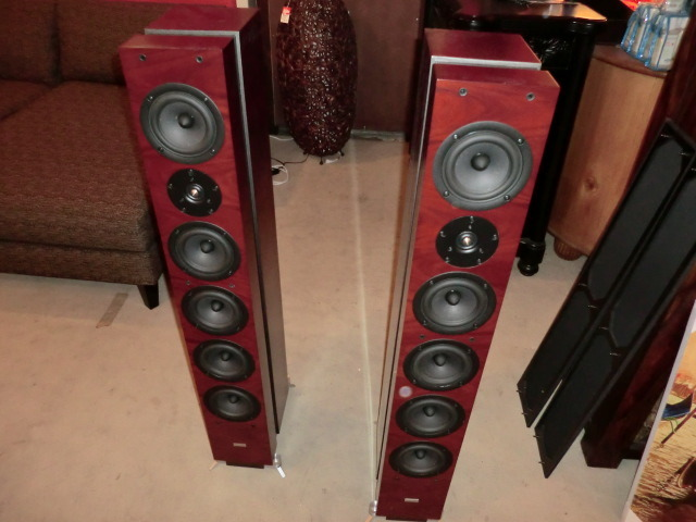 GamuT Phi 7 speakers original owner
