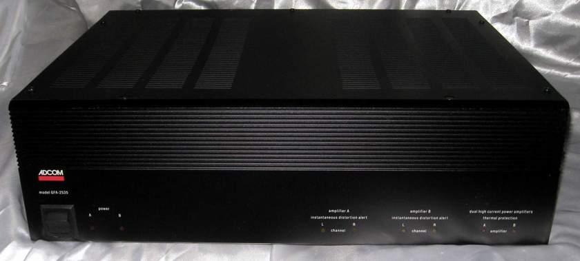 Adcom GFA-2535 power amplifier