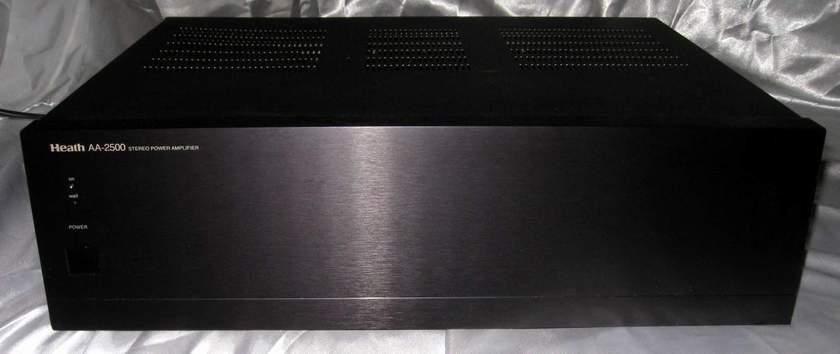 Heath Company AA-2500 power amplifier