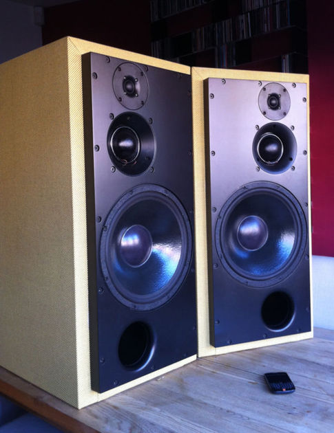 ATC SCM100A ACTIVE SPEAKERS