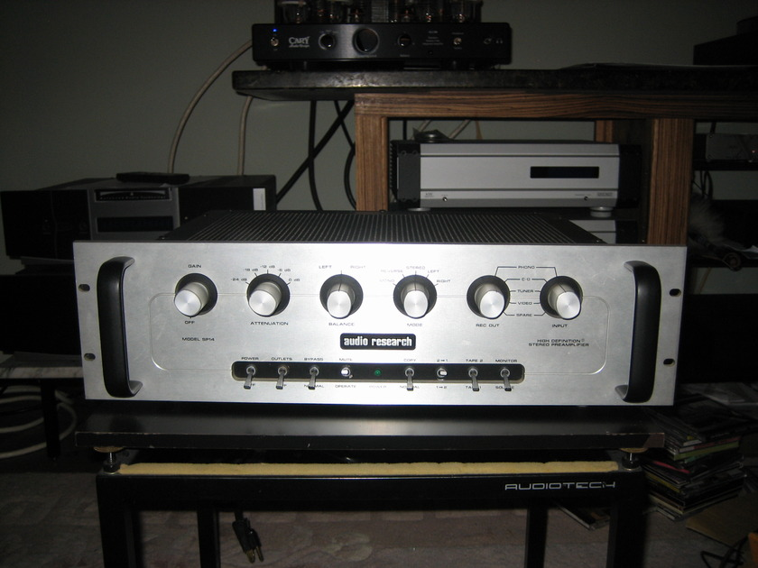Audio Research SP-14 With excellent Phono Stage