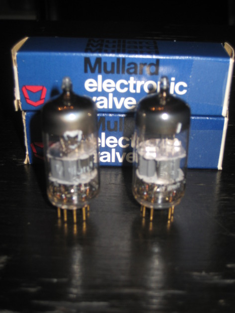 Mullard  ECC88-7308-6DJ8-6922 Made in UK - Ultra Low Noise - Matched Pair