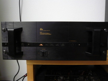 DBX  BX-1 MULTI CHANNEL 1 OHM STABLE POWER AMP VERY RARE 1 OWNER COLLECTABLE GEAR